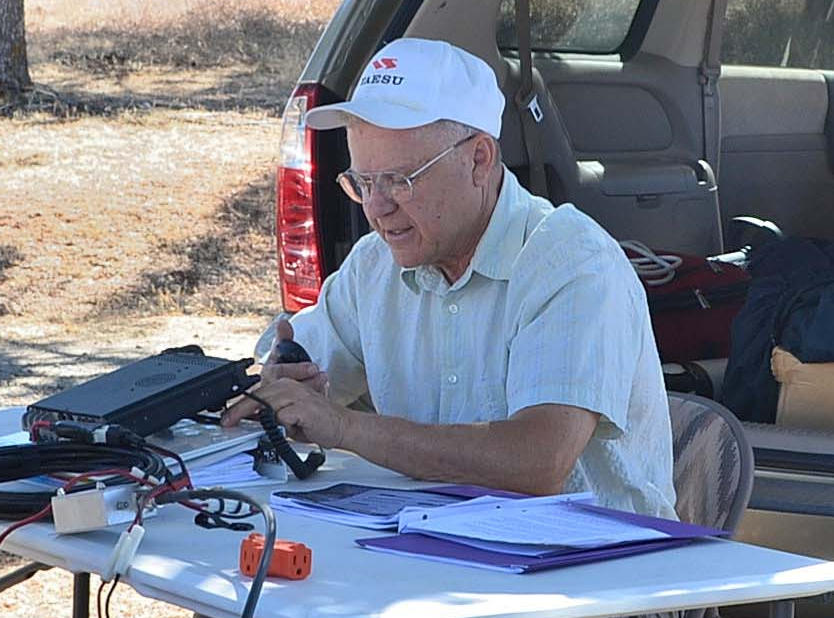 Roger works QSO in the shade